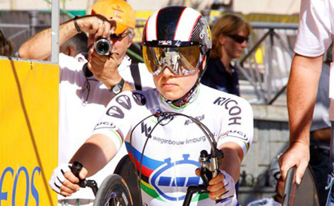 Onze handbiketoppers: steekkaart en interview Laura de Vaan